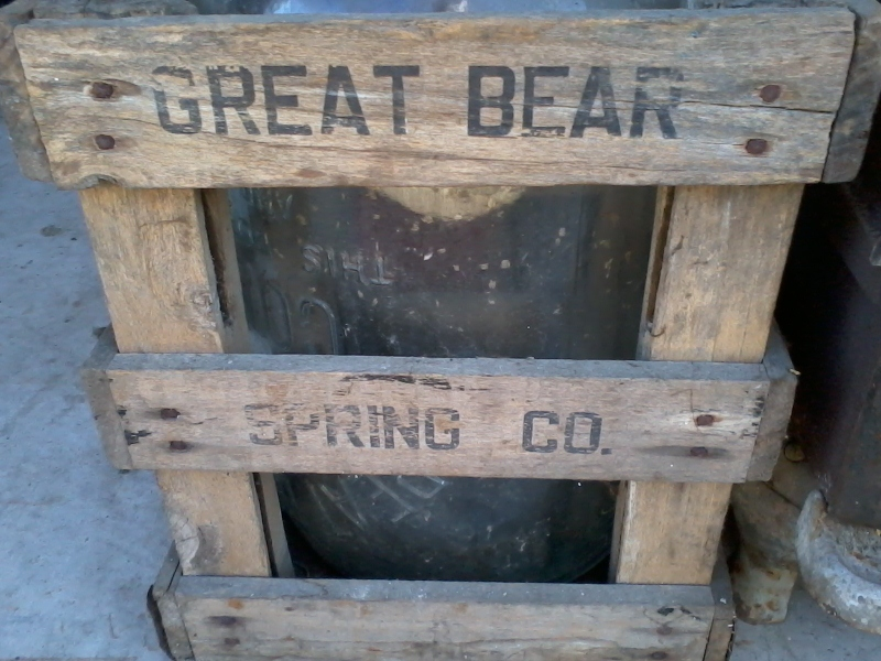 Wooden Crate for Glass Water Cooler Bottle