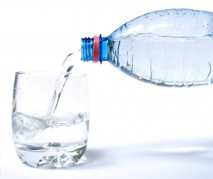 Drinking Water 300x253 Is drinking water with meals really bad for you?